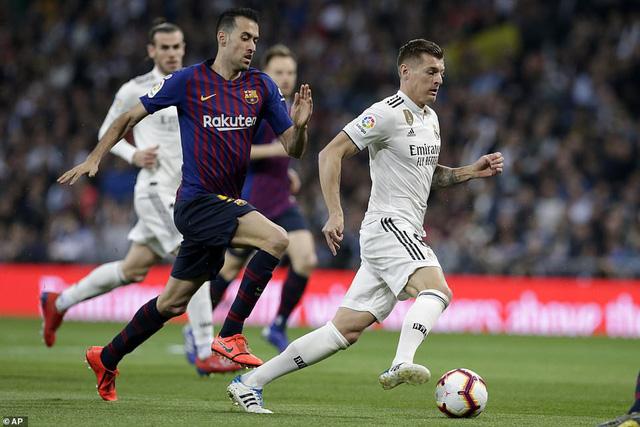 Siêu kinh điển: Barcelona thắng tối thiểu Real Madrid tại Bernabeu - Ảnh 3.