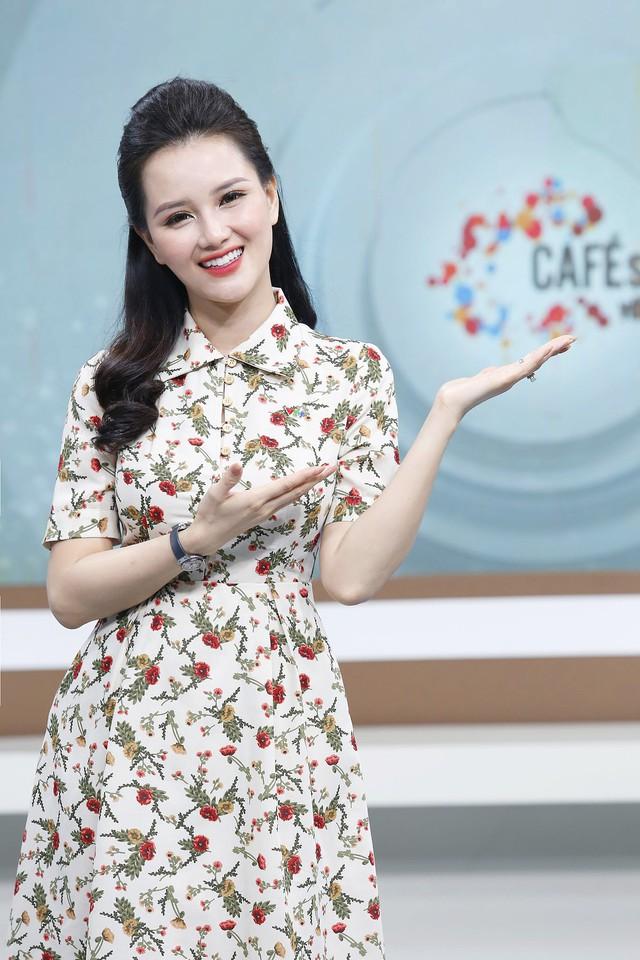 """MC Huyền Châu: """"VTV3 là gia đình thứ hai của tôi"""" - Ảnh 1."""