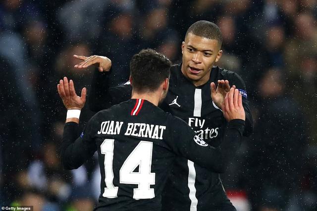 ẢNH: Man Utd thắng kịch tính PSG nhờ VAR để giành quyền vào tứ kết UEFA Champions League - Ảnh 7.