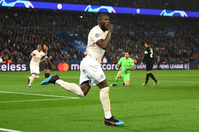 ẢNH: Man Utd thắng kịch tính PSG nhờ VAR để giành quyền vào tứ kết UEFA Champions League - Ảnh 3.