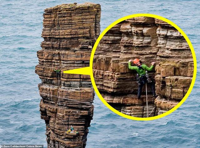 Những bức ảnh mạo hiểm nhất thế giới - Ảnh 3.