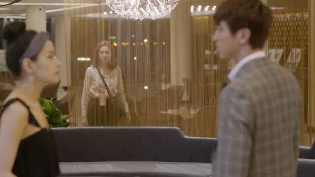 Mối tình đầu của tôi - Tập 46: Dù bị thương vì tai nạn, Minh Huy vẫn trốn bệnh viện chạy đến bên lúc An Chi buồn - Ảnh 6.