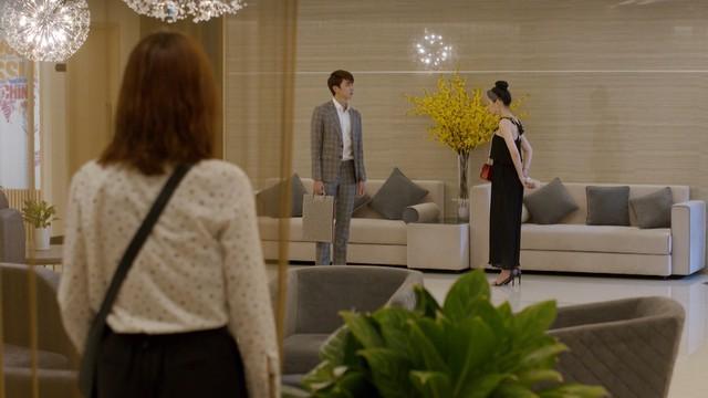 Mối tình đầu của tôi - Tập 46: Dù bị thương vì tai nạn, Minh Huy vẫn trốn bệnh viện chạy đến bên lúc An Chi buồn - Ảnh 7.