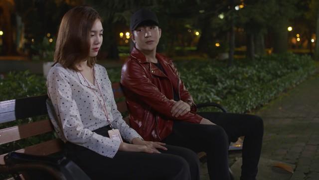 Mối tình đầu của tôi - Tập 46: Dù bị thương vì tai nạn, Minh Huy vẫn trốn bệnh viện chạy đến bên lúc An Chi buồn - Ảnh 11.