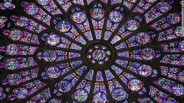 Những hiện vật quý của Nhà thờ Đức Bà Paris trước khi bị ngọn lửa tàn phá - Ảnh 1.