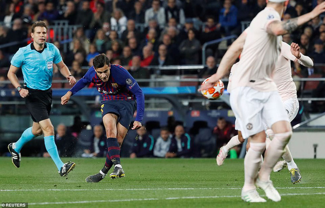 Messi giải khát tứ kết, Barca vùi dập Man Utd để đi tiếp - Ảnh 2.