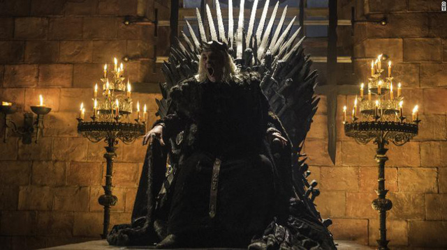 181004002630-game-of-thrones-iron-throne-mad-king-exlarge-169-1555572518682758156667.jpg