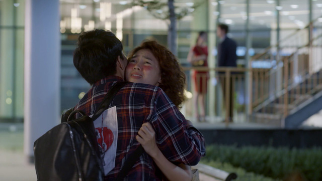 Mối tình đầu của tôi - Tập 39: Hạ Linh và Nam Phong chính thức thành cặp đôi, An Chi vui mừng - Ảnh 4.