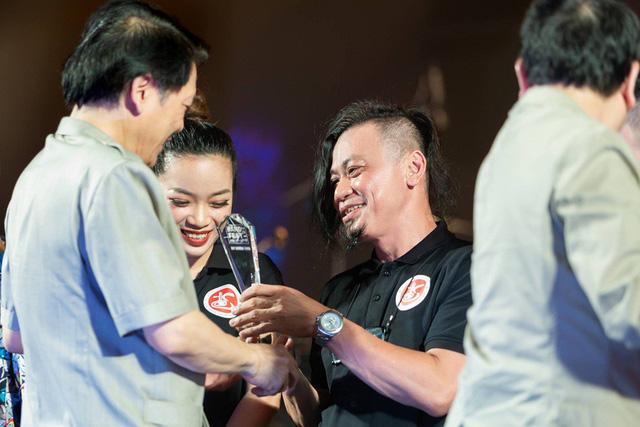"""Mai Diệu Ly cùng ban nhạc Phương Đông giành """"mưa"""" giải thưởng tại Liên hoan các Ban nhạc 2019 - Ảnh 3."""