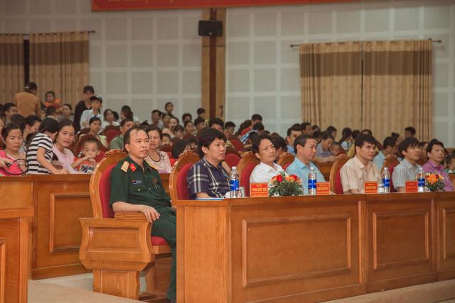 11 bệnh nhi tim bẩm sinh tại Phú Thọ được làm thủ tục hỗ trợ phẫu thuật miễn phí từ Trái tim cho em - Ảnh 4.