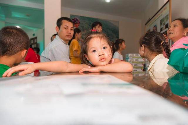 11 bệnh nhi tim bẩm sinh tại Phú Thọ được làm thủ tục hỗ trợ phẫu thuật miễn phí từ Trái tim cho em - Ảnh 12.