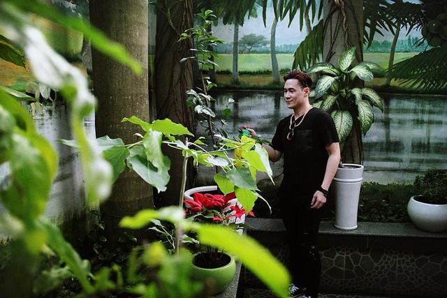 Khánh Phương lên tiếng về tin đồn ca sĩ thị trường sở hữu nhà triệu đô - Ảnh 1.