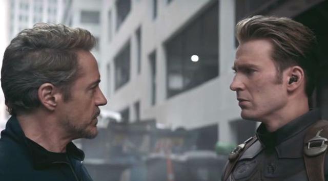 Những review đầu tiên về Avengers Endgame: Hoành tráng, cảm xúc và khác xa mọi dự đoán - Ảnh 1.