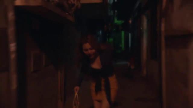 Mê cung - Tập 1: Cô gái trẻ bị kẻ biến thái tấn công trong đêm tối, ngõ vắng - Ảnh 2.