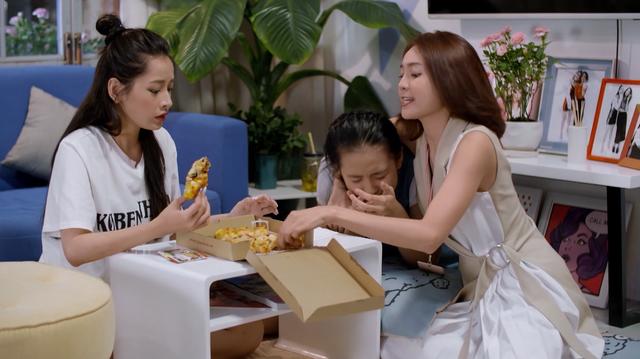 Mối tình đầu của tôi - Tập 53: Trong khi An Chi - Nam Phong trao nhau nụ hôn ngọt ngào, Minh Huy cô đơn dưới mưa - Ảnh 3.