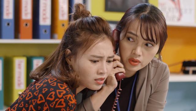 Mối tình đầu của tôi - Tập 53: Trong khi An Chi - Nam Phong trao nhau nụ hôn ngọt ngào, Minh Huy cô đơn dưới mưa - Ảnh 6.