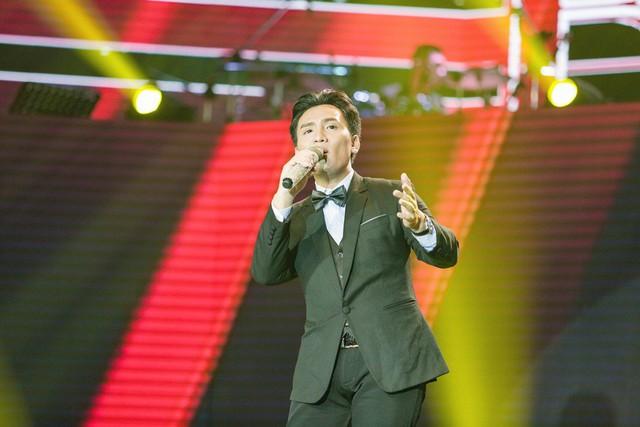 Thần tượng Bolero: Nội bộ đội Quang Lê - Tú My lục đục vì Giao Linh? - Ảnh 1.