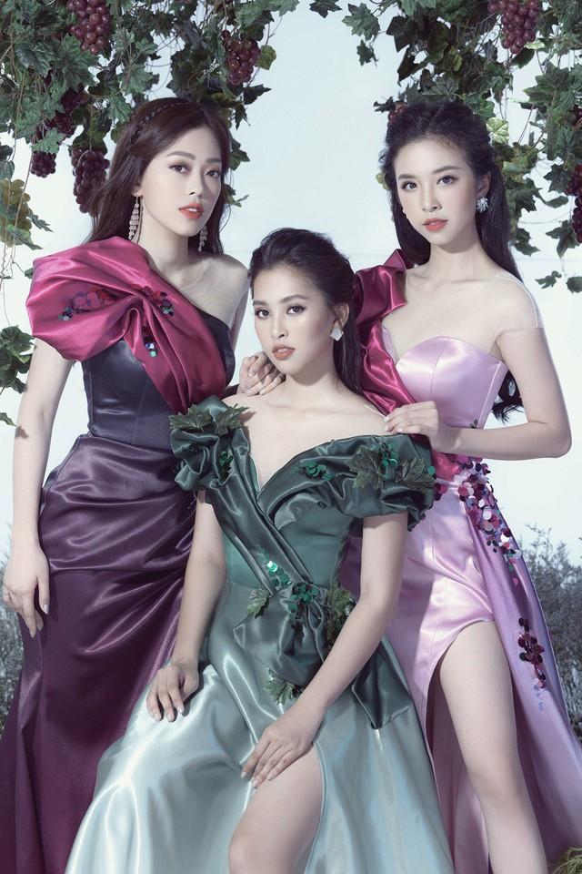 Top 3 Hoa hậu Việt Nam 2018 hóa thành nữ thần nho trong bộ ảnh mới - Ảnh 4.