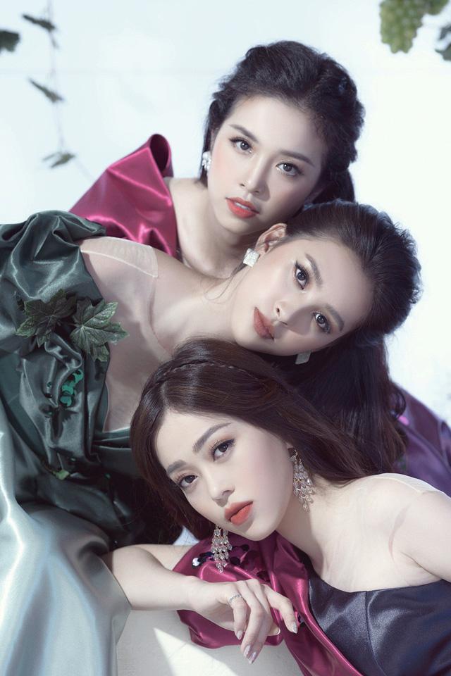 Top 3 Hoa hậu Việt Nam 2018 hóa thành nữ thần nho trong bộ ảnh mới - Ảnh 9.