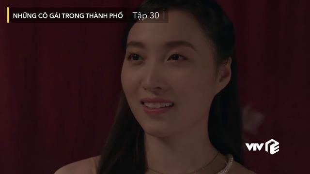 Những cô gái trong thành phố - Tập 30: Màn tỏ tình của soái ca Bách đốn tim cô Trúc giúp việc - Ảnh 6.