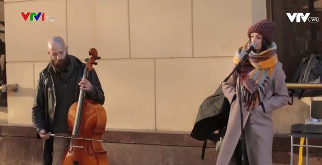 Âm nhạc đường phố - Một phần đời sống văn hóa ở Moskva, Nga - Ảnh 1.