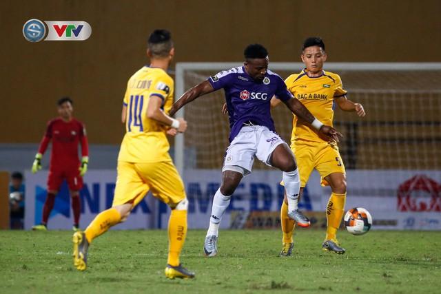 ẢNH: Thắng đậm Sông Lam Nghệ An, CLB Hà Nội vươn lên dẫn đầu V.League - Ảnh 12.