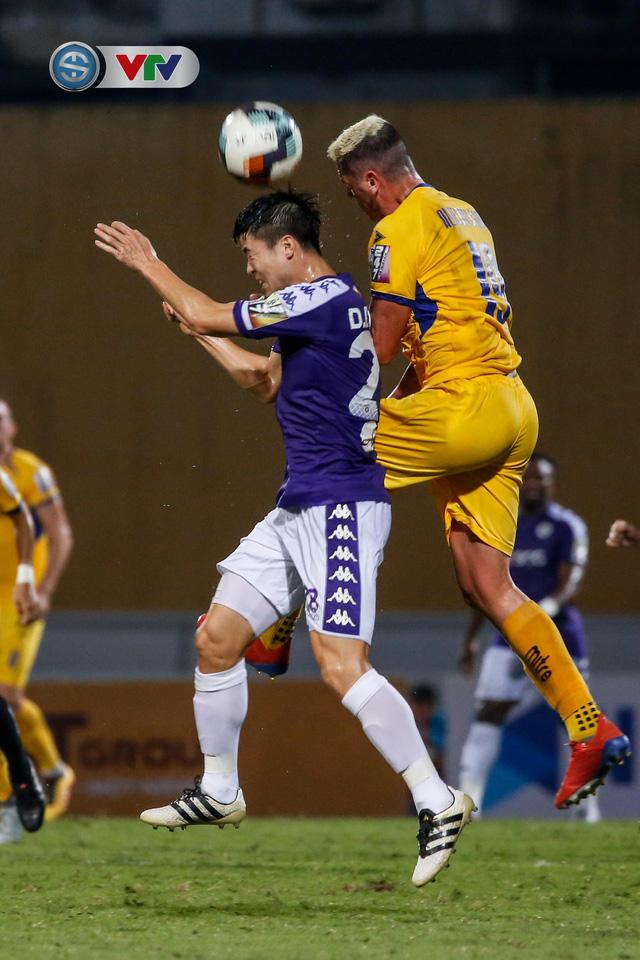 ẢNH: Thắng đậm Sông Lam Nghệ An, CLB Hà Nội vươn lên dẫn đầu V.League - Ảnh 13.
