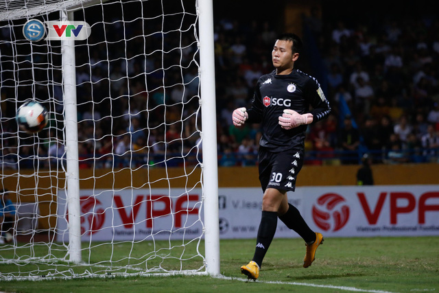 ẢNH: Thắng đậm Sông Lam Nghệ An, CLB Hà Nội vươn lên dẫn đầu V.League - Ảnh 15.