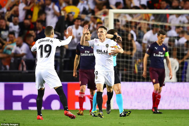 ẢNH: Arsenal thắng thuyết phục Valencia để giành quyền vào chung kết Europa League - Ảnh 4.
