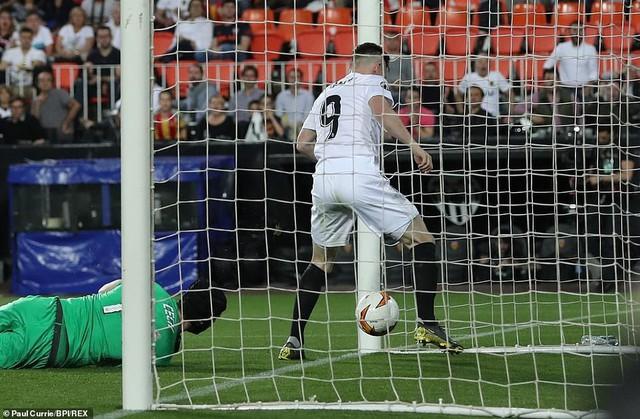 ẢNH: Arsenal thắng thuyết phục Valencia để giành quyền vào chung kết Europa League - Ảnh 9.