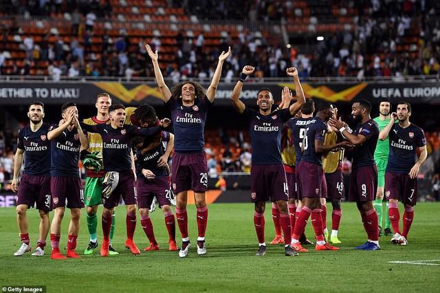 ẢNH: Arsenal thắng thuyết phục Valencia để giành quyền vào chung kết Europa League - Ảnh 14.