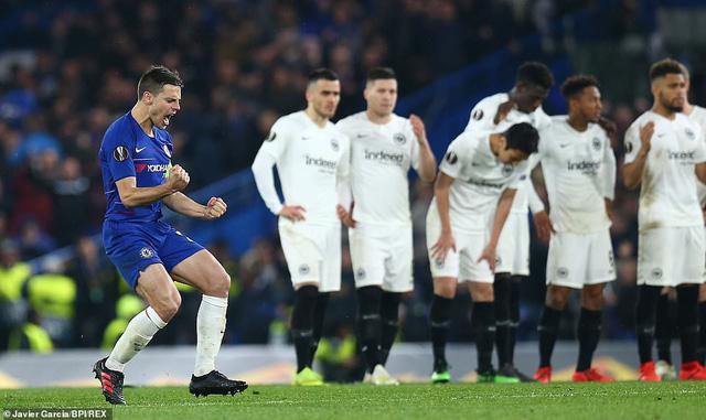 ẢNH: Chelsea nghẹt thở vượt qua Frankfurt, tiến vào chung kết Europa League - Ảnh 12.