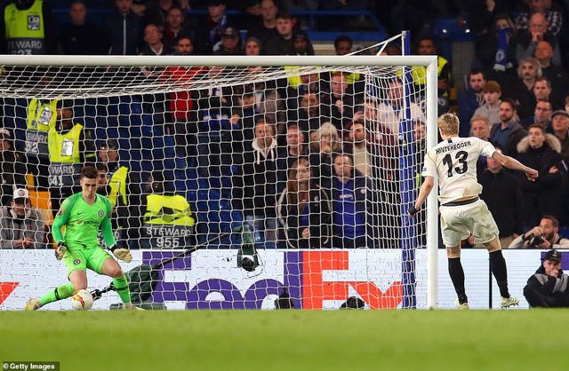 ẢNH: Chelsea nghẹt thở vượt qua Frankfurt, tiến vào chung kết Europa League - Ảnh 10.