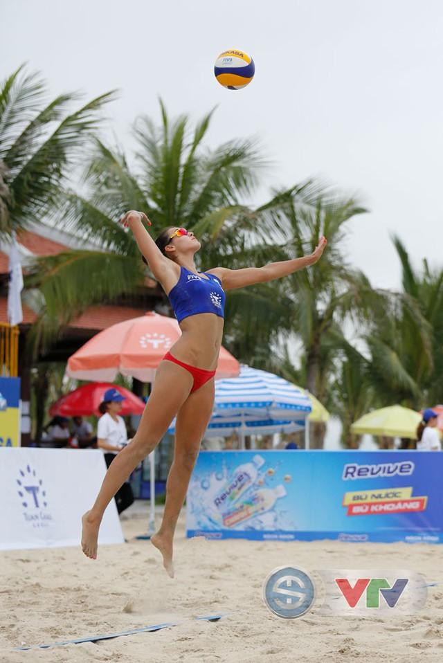 Ảnh: Những khoảnh khắc ấn tượng tại giải bóng chuyền bãi biển nữ thế giới Tuần Châu - Hạ Long 2019 ngày 10/5 - Ảnh 3.