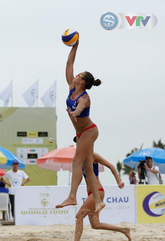 Ảnh: Những khoảnh khắc ấn tượng tại giải bóng chuyền bãi biển nữ thế giới Tuần Châu - Hạ Long 2019 ngày 10/5 - Ảnh 17.