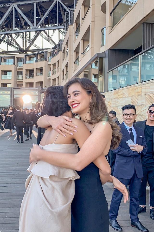 Hhen Niê xinh đẹp hút mắt khi hội ngộ Hoa hậu Hoàn vũ Australia 2018  - Ảnh 5.