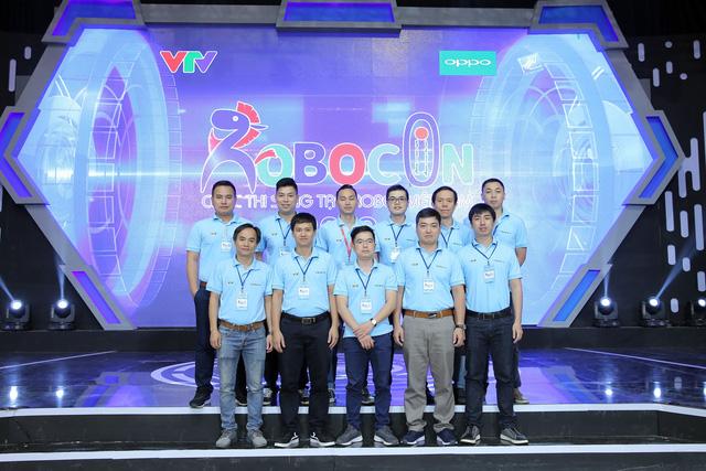 Những người cầm cân nảy mực tại VCK Robocon Việt Nam 2019 - Ảnh 2.
