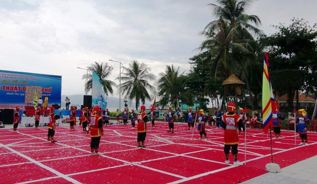 Khai mạc Festival biển Nha Trang và Năm Du lịch Quốc gia 2019 - Ảnh 3.