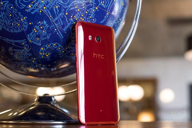 HTC bắt đầu thoái lui tại Trung Quốc - Ảnh 1.