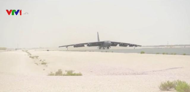 Lầu Năm Góc công bố hình ảnh máy bay B-52 - Ảnh 1.