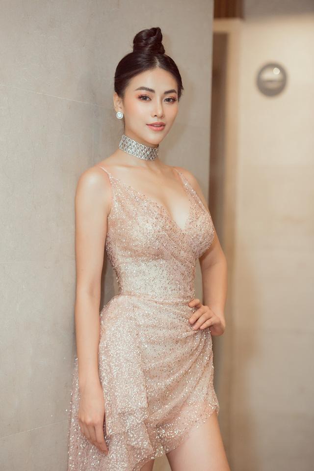 Hoa hậu Phương Khánh giảm 10kg khoe vòng eo 54cm - Ảnh 2.