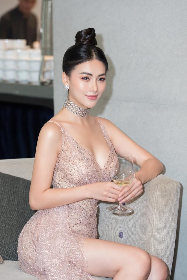 Hoa hậu Phương Khánh giảm 10kg khoe vòng eo 54cm - Ảnh 8.