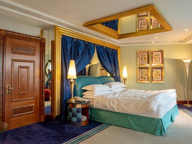 11 sự thật bất ngờ về khách sạn sang trọng nhất thế giới - Ảnh 7.