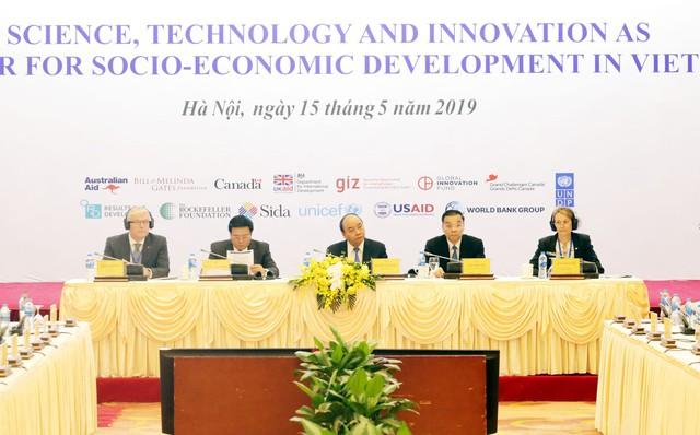 Vai trò trụ cột của khoa học, công nghệ và đổi mới sáng tạo trong phát triển KT-XH của Việt Nam - Ảnh 2.