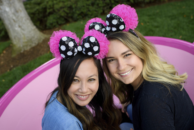 """Disney """"rủ"""" Karlie Kloss Heidi Klum ra mắt bộ sưu tập nơ chuột Mickey và Minnie - Ảnh 6."""