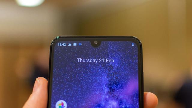 Nokia 3.2 bán tại Việt Nam với mức giá từ 2,99 triệu đồng - Ảnh 1.