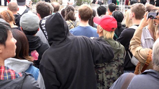 Châu Kiệt Luân bị phát hiện lẫn trong đám đông ngắm vợ tại Cannes - Ảnh 5.