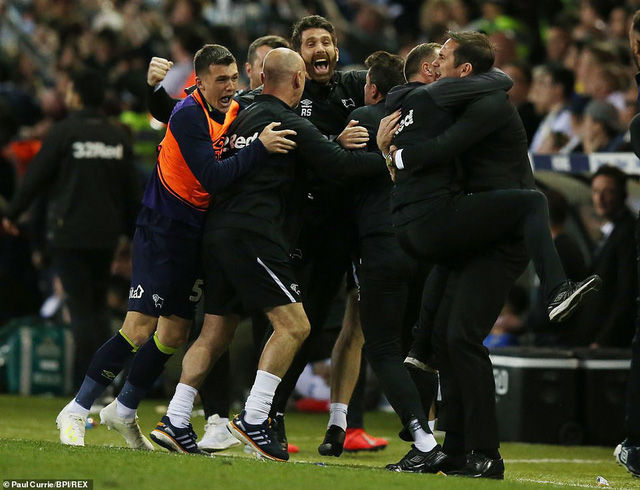 Derby County giành quyền vào chung kết playoff lên Ngoại hạng Anh - Ảnh 3.