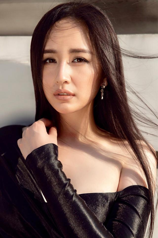 Mai Phương Thúy làm giám khảo cuộc thi Miss World Việt Nam 2019 - Ảnh 1.