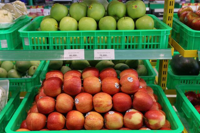 """Vốn tiết kiệm là thế nhưng bà nội trợ vẫn """"bạo chi"""" cho trái cây nhập khẩu - Ảnh 2."""